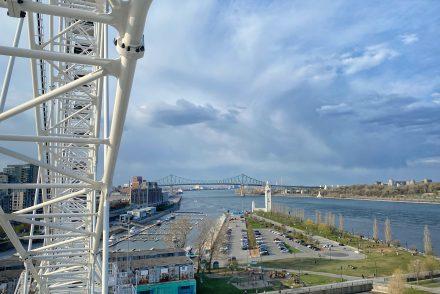 Journée printanière dans le Vieux-Port de Montréal